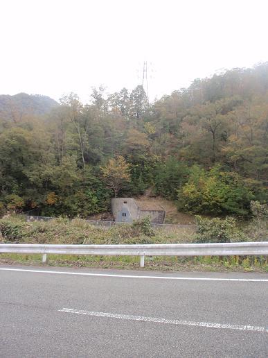 謎のトンネル2.jpg